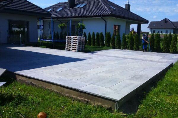 inspiracje ogrodu w betonie